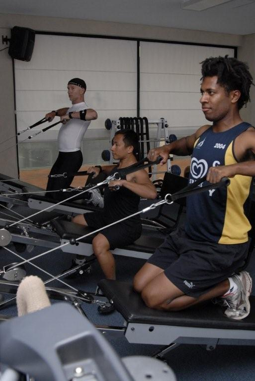 Rowing exercises on Gravity for the back and upper body